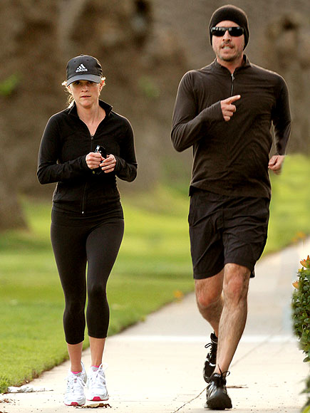 ON THE RUN photo   Jim Toth, Reese Witherspoon