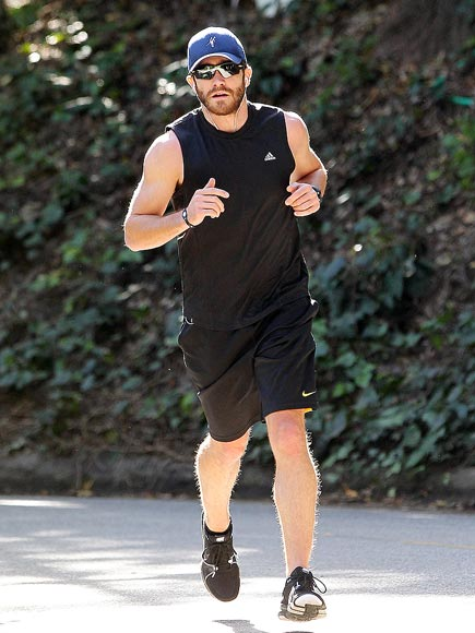 RUN FOR IT photo | Jake Gyllenhaal