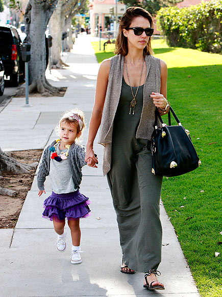 GIRLS' DAY OUT photo | Jessica Alba