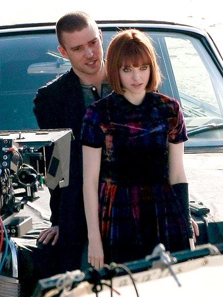 BACKUP PLAN photo | Amanda Seyfried, Justin Timberlake