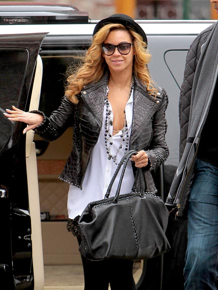 STREET CHIC photo | Beyonce Knowles