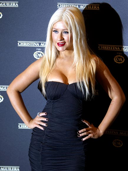 FASHION FORWARD  photo | Christina Aguilera