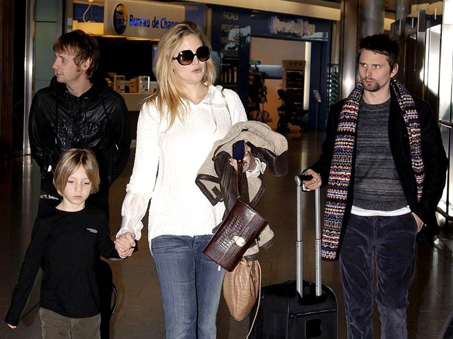 FLIGHT TIME photo | Kate Hudson, Matthew Bellamy