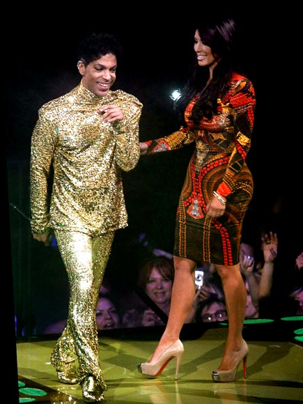 GOLDEN MOMENT photo | Kim Kardashian, Prince