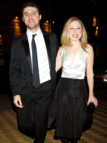 STICKING TOGETHER photo | Chelsea Clinton, Marc Mezvinsky