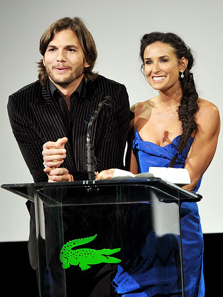 STAGE PRESENCE photo | Ashton Kutcher, Demi Moore
