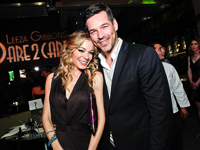 LEAN IN photo | Eddie Cibrian, LeAnn Rimes