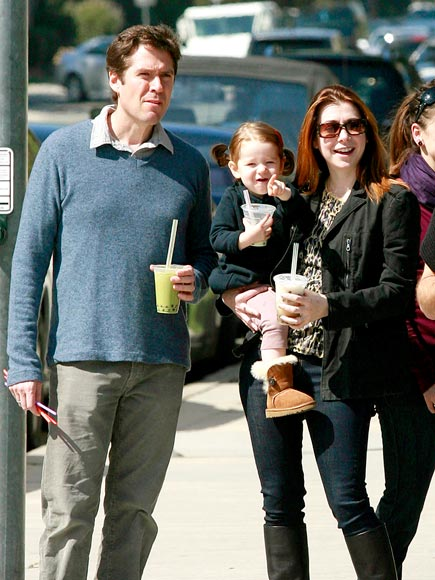 FAMILY MEETING photo | Alyson Hannigan