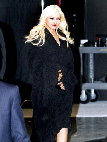 MOVING FORWARD photo | Christina Aguilera