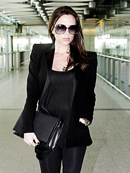 BLACK TO BASICS photo | Victoria Beckham
