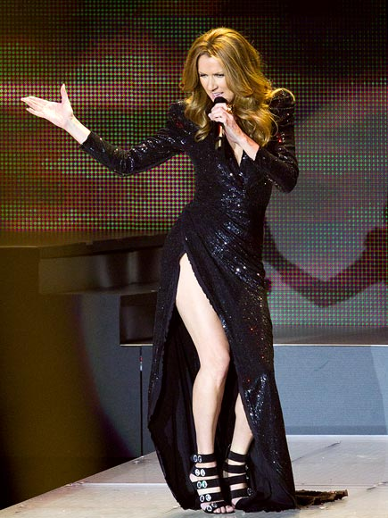DRAMATIC FASHION photo | Celine Dion