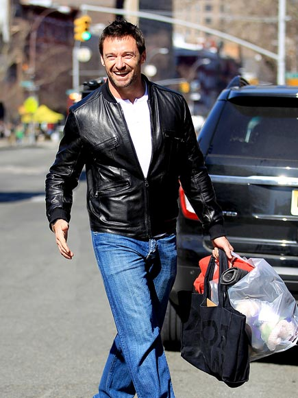 TOTE-AL DELIGHT photo | Hugh Jackman