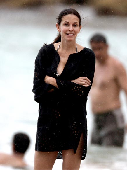RAIN & SHINE photo | Courteney Cox