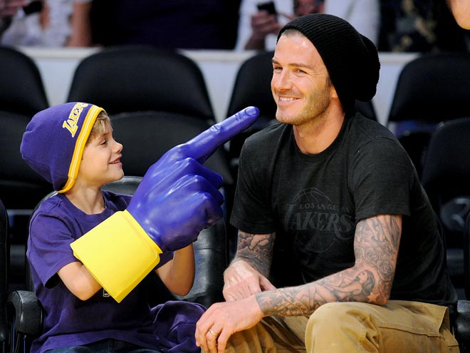 IN YOUR FACE photo | David Beckham