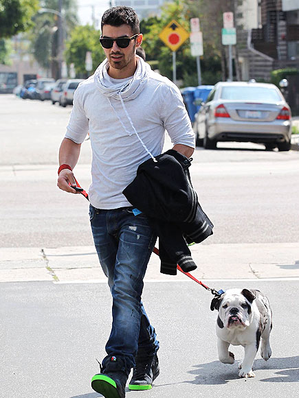 GUYS' DAY OUT photo | Joe Jonas