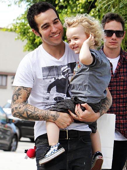 SON SHINE DAY photo | Pete Wentz