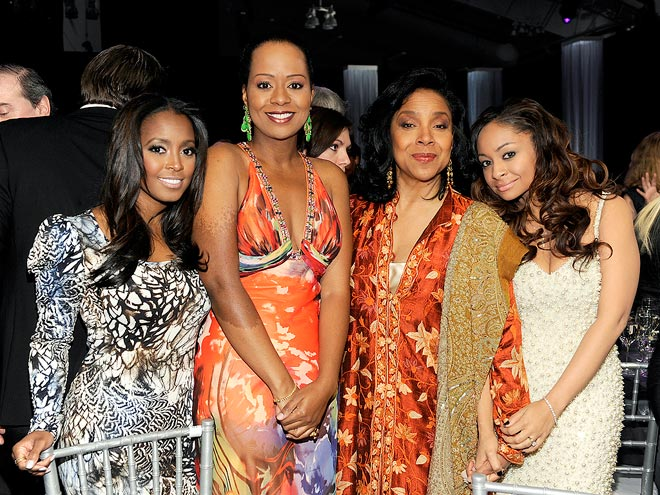 FAMILY REUNION photo | Keshia Knight Pulliam, Phylicia Rashad, Raven-Symone, Tempestt Bledsoe