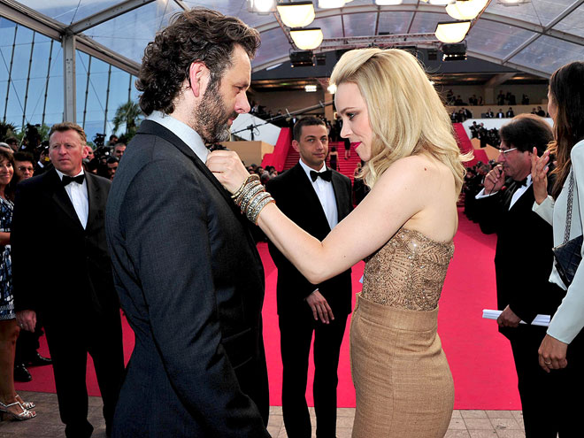 CLOTHES ENCOUNTER
