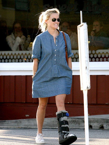 ON THE MEND photo | Reese Witherspoon