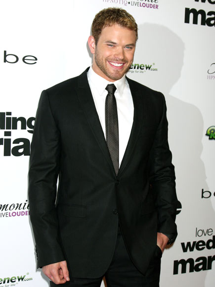 IT'S A TIE photo | Kellan Lutz