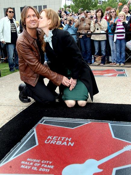 SEALED WITH A KISS photo | Keith Urban, Nicole Kidman