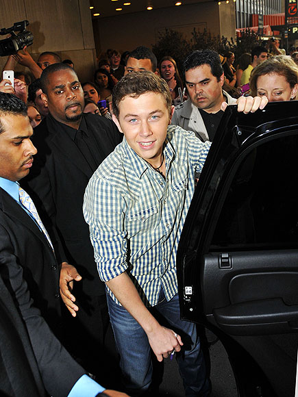 'IDOL' WORSHIP photo | Scotty McCreery