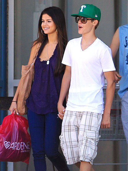 OH, CANADA! photo | Justin Bieber, Selena Gomez