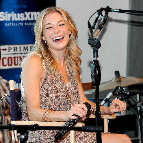 LAUGH TRACK