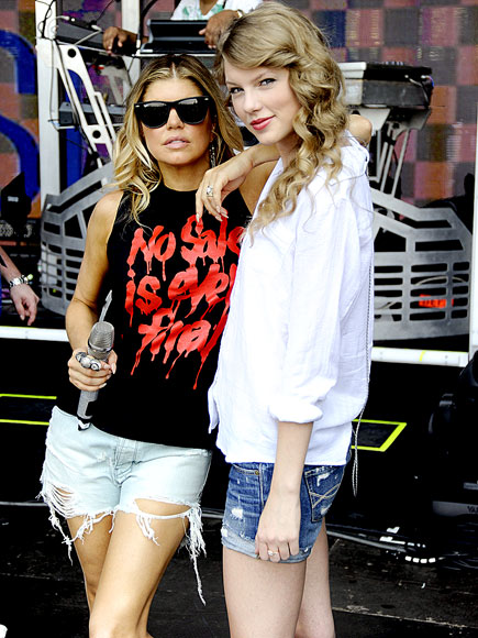 WEATHER GIRLS photo | Fergie, Taylor Swift