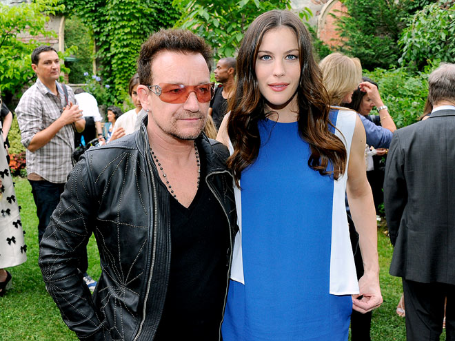 FASHIONABLE FRIENDS photo | Bono, Liv Tyler