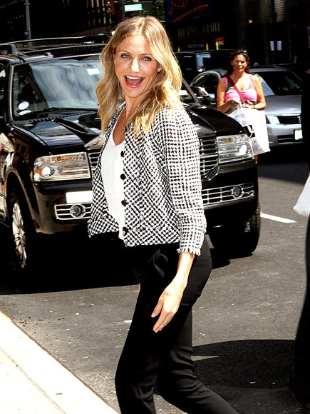 CHECKING IN photo | Cameron Diaz