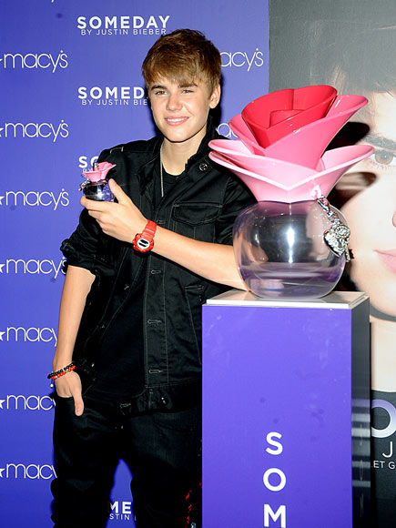 FRAGRANT FOUL photo | Justin Bieber