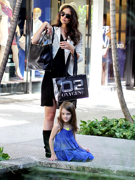 REST ASSURED photo | Katie Holmes, Suri Cruise