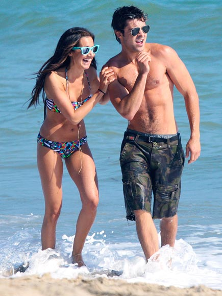 BEACHY KEEN photo | Ashley Tisdale, Zac Efron