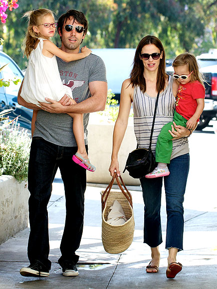 SHOP TO IT photo | Ben Affleck, Jennifer Garner