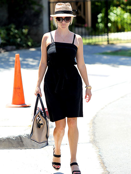 FOOD RUN photo | Reese Witherspoon