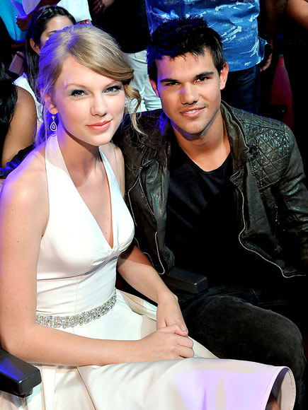 SWEET REUNION photo | Taylor Lautner, Taylor Swift