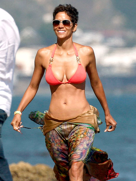 'BU-TIFUL GIRL photo | Halle Berry