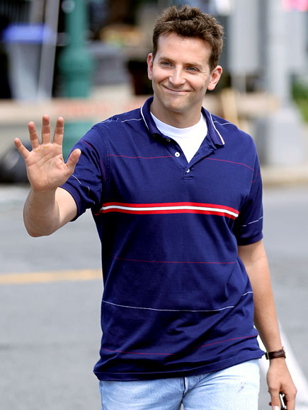 HI-FIVE photo | Bradley Cooper