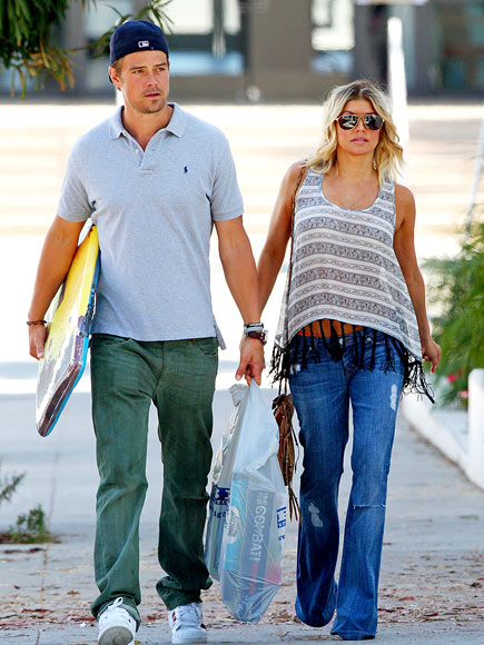 GIFT BEARERS photo | Fergie, Josh Duhamel