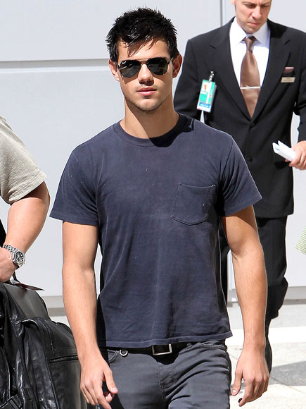 SMOOTH CRIMINAL   photo | Taylor Lautner
