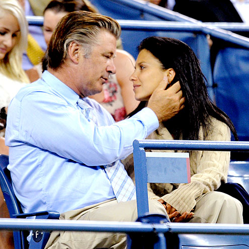 COURTSIDE CUDDLE photo | Alec Baldwin