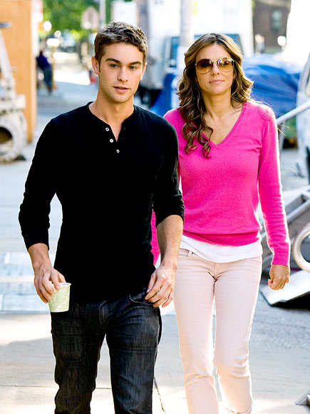 GOSSIP 101 photo | Chace Crawford, Elizabeth Hurley