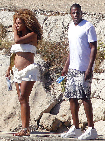 BEACHY BUMP photo | Beyonce Knowles