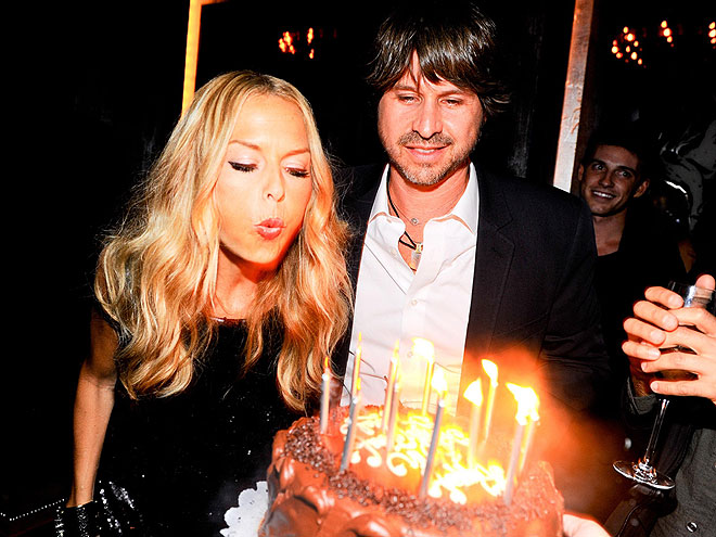 BLOWING UP photo | Rachel Zoe