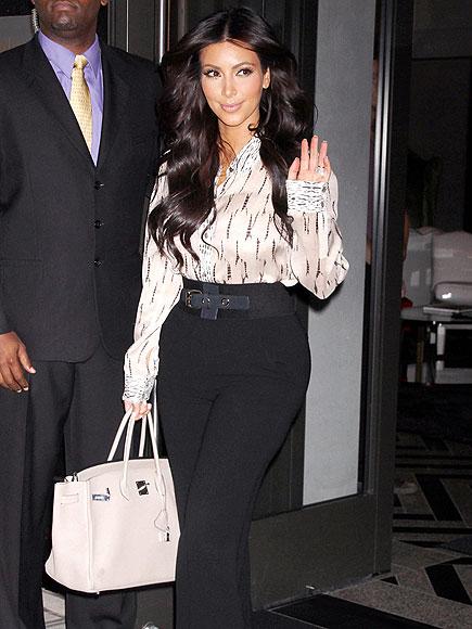 'HI' STYLE photo | Kim Kardashian