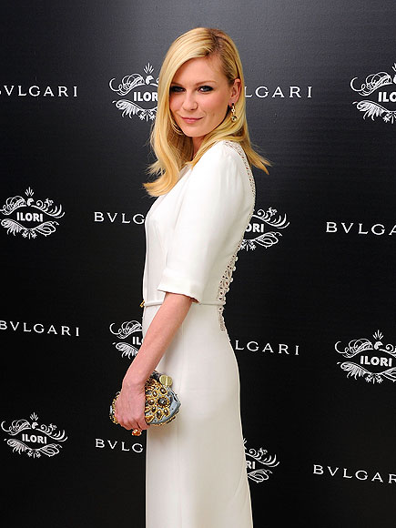 POUTY POSE photo | Kirsten Dunst