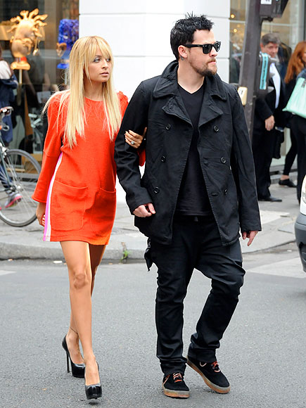 CHANGE OF A DRESS photo | Joel Madden, Nicole Richie