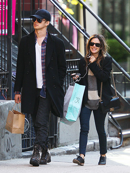 BAG IN ACTION photo | Hayden Christensen, Rachel Bilson