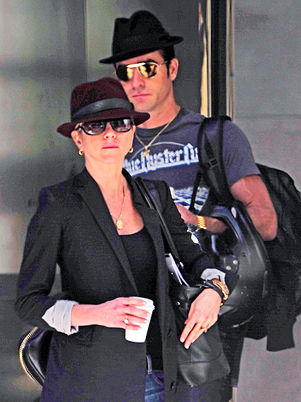 Hat Stuff! photo | Jennifer Aniston, Justin Theroux